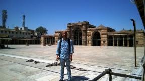 shahi-mosque-ahmedabad-gujrat